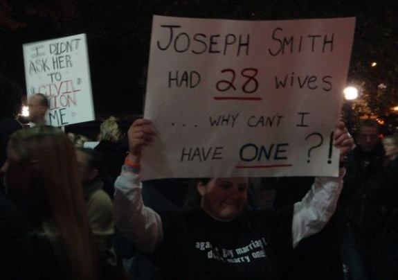 http://unreasonablefaith.files.wordpress.com/2008/11/smith_wives_gay_marriage1.jpg